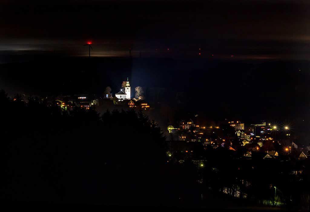 Bad Marienberg bei Nacht